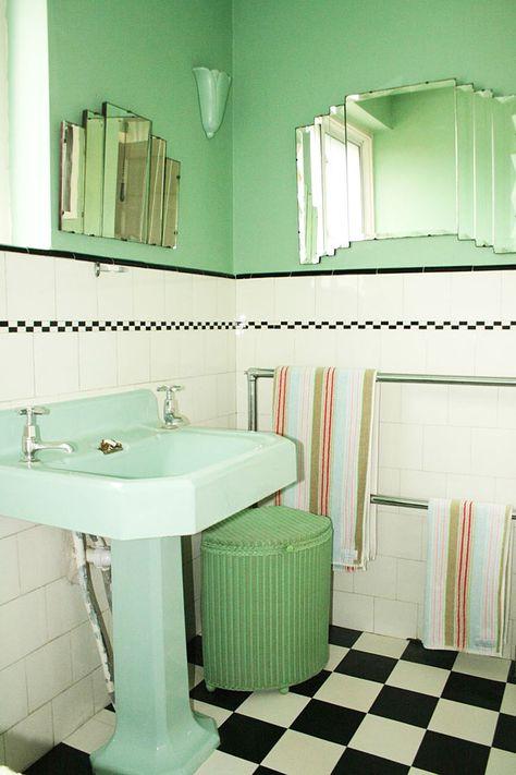 Avocado Green Bathroom